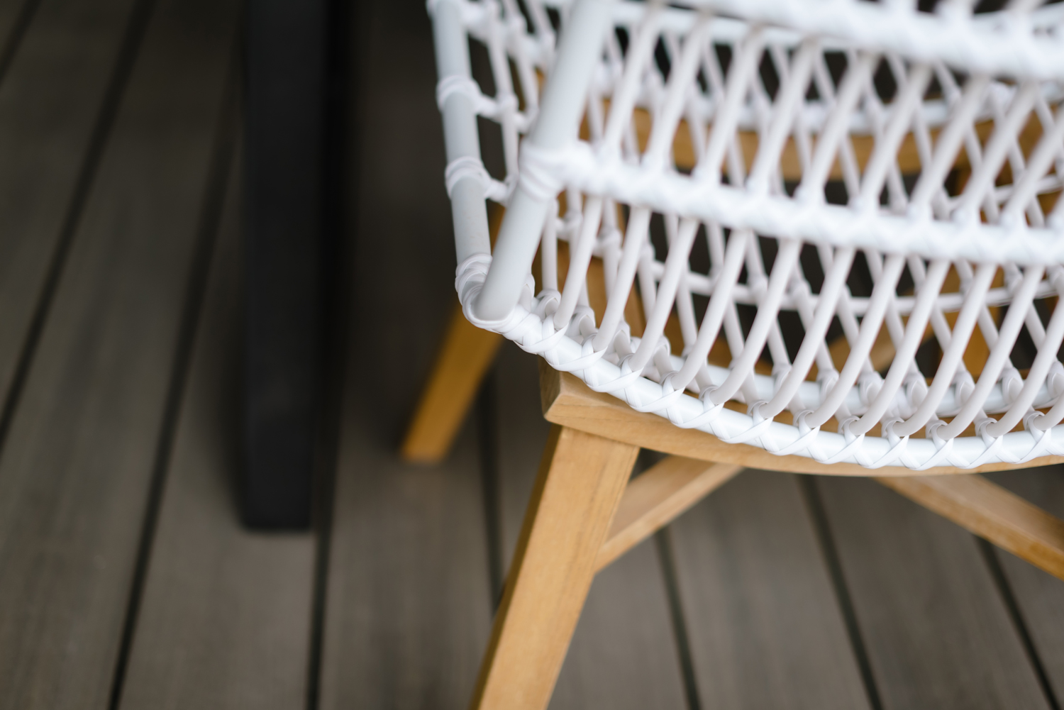 Outdoor dining chair details